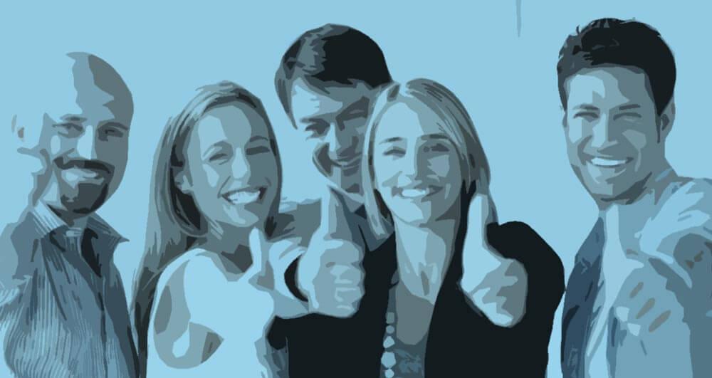 blog najlepsza nazwa dla firmy - grupa ludzi pokazująca znak ok; dobra nazwa!
